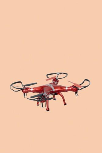 http://sarah-strassmann-fotografie.de/files/gimgs/th-11_drone_geschärft_td.jpg